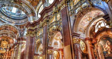 Bogaty kościół